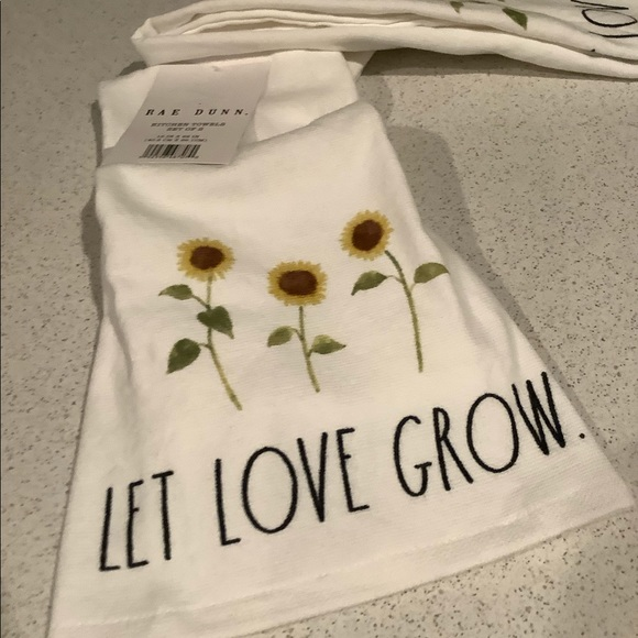Rae Dunn Let Love Grow Sunflower Kitchen Towels